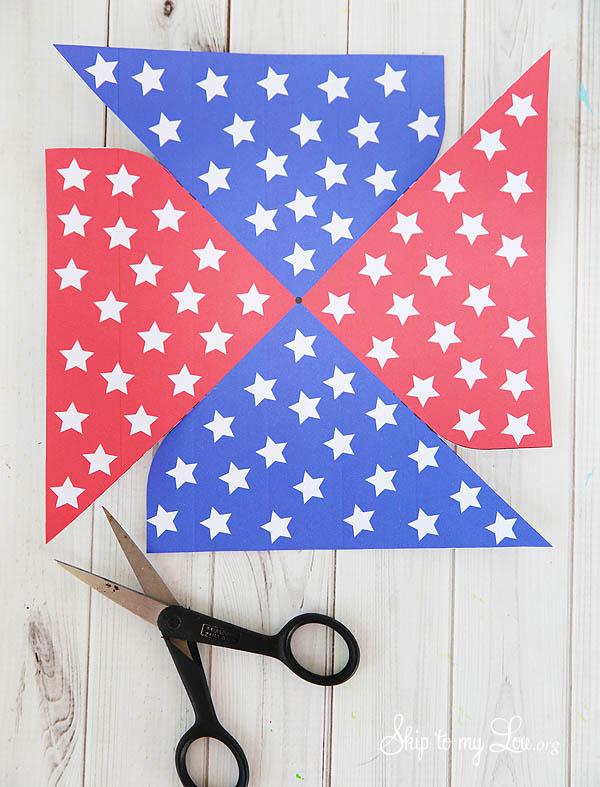 4th of July Patriotic Printable Pinwheel - cut out the pinwheel