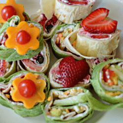 Sweet and Savory Pinwheels - healthy after school snack ideas from www.thirtyhandmadedays.com