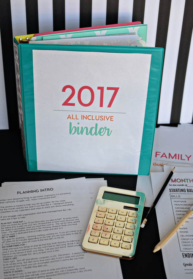 2017 All Inclusive Binder from Thirty Handmade Days - with over 130 pages, you'll have everything you ever need in one spot.