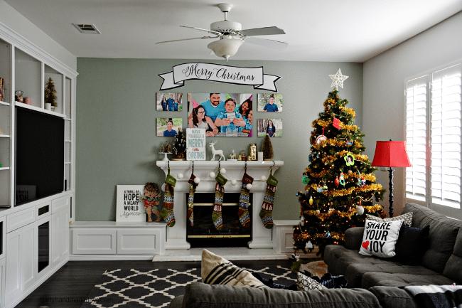 Our family room for Christmas www.thirtyhandmadedays.com