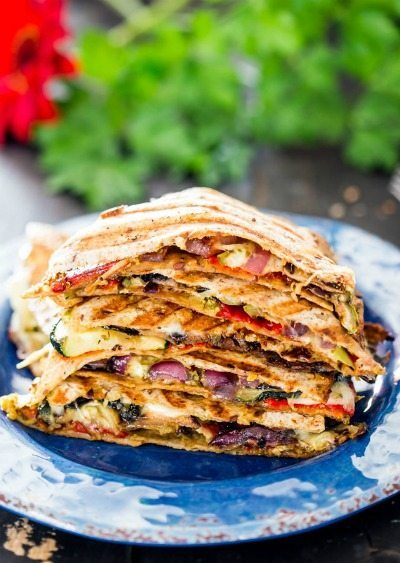 grilled vegetable quesadillas from Jo Cooks / round up on ThirtyHandmadeDays.com