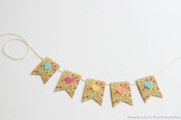mini heart cake banner