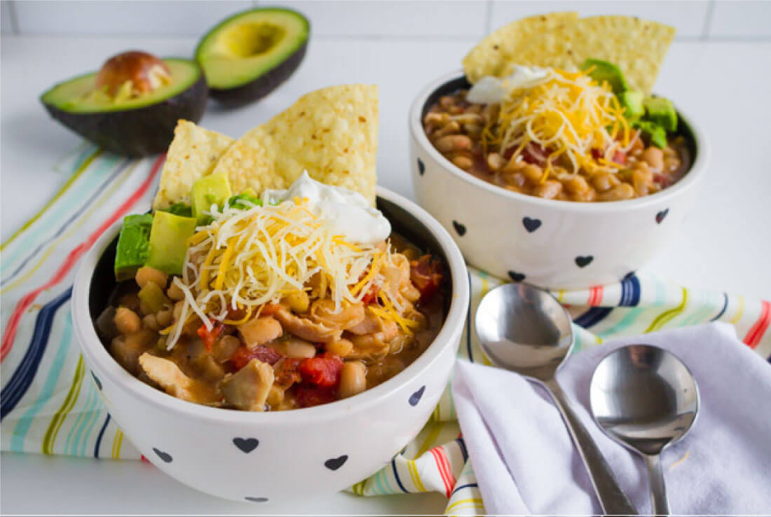 Slow Cooker White Bean Chicken Chili Recipe - a healthy recipe that your whole family will love