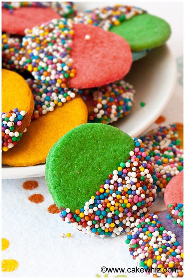 crispy-rainbow-sugar-cookies-3