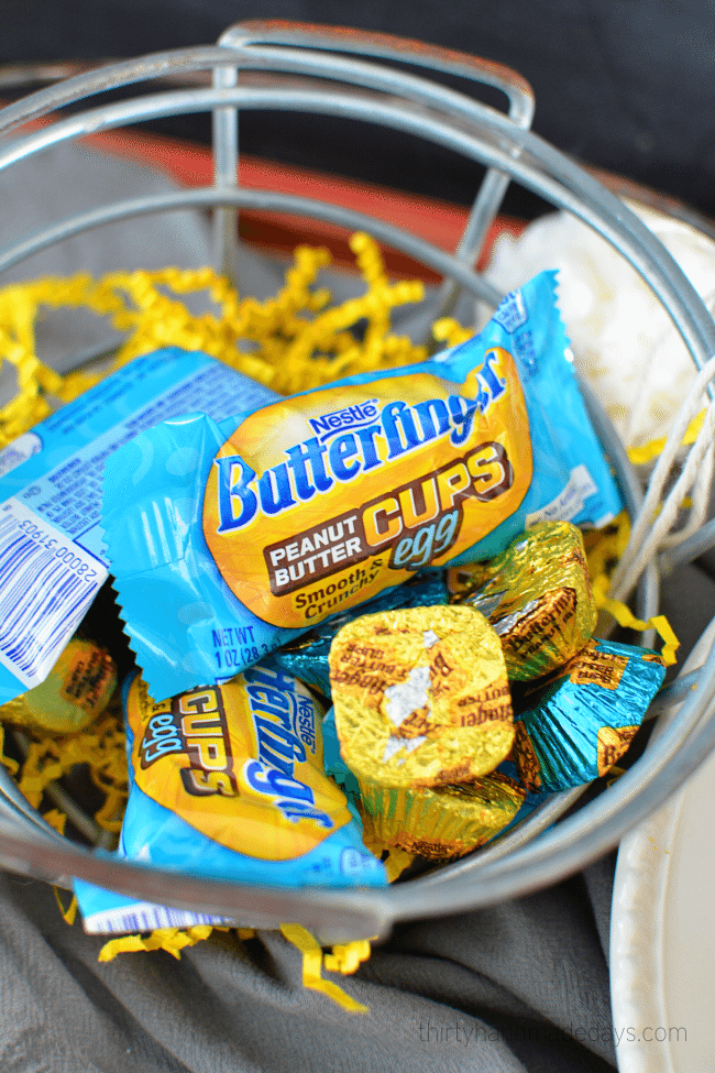 Butterfinger Peanut Butter Cups just in time for Easter! www.thirtyhandmadedays.com