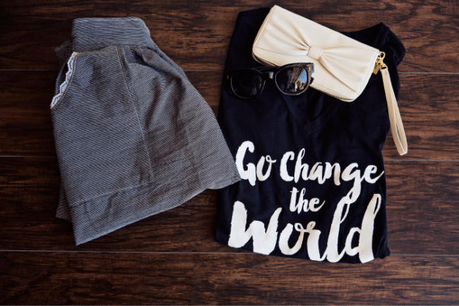 Go Change the World set - Cute, modest outfits for teens from www.thirtyhandmadedays.com