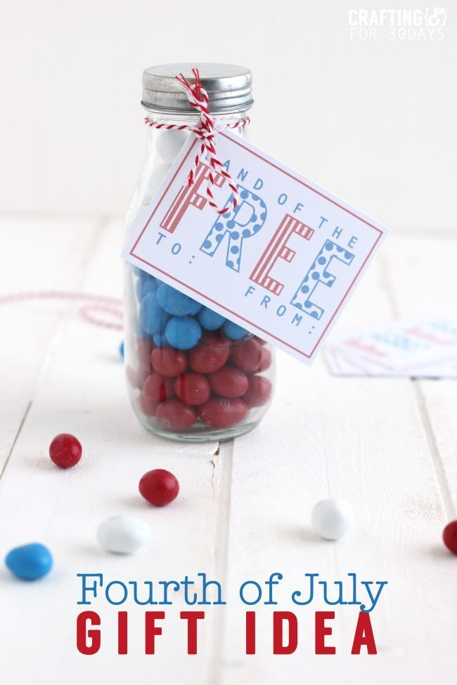 4th of July Gift Idea- cute jar with printable!