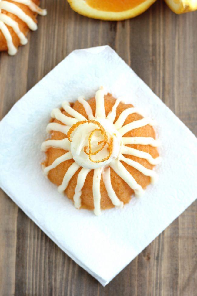 Sweet Orange Bundt Cake from CraftingE via www.thirtyhandmadedays.com
