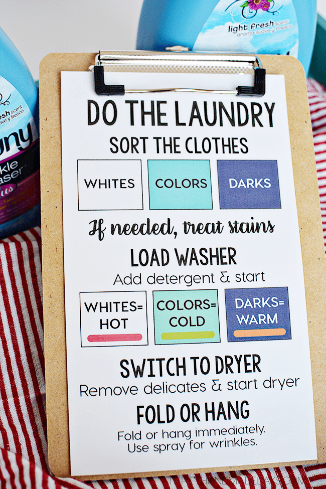 Teach Your Kids How to Do the Laundry! Help with back to school routines --- www.thirtyhandmadedays.com