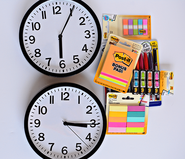 Supplies needed to make your own visual reminders for Kids Daily Routines - perfect for back to school! With Post It Notes. www.thirtyhandmadedays.com