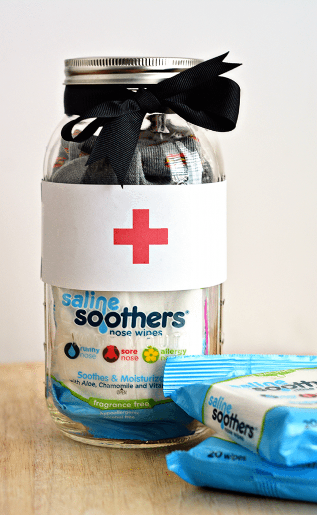 Perfect for the cold and flu season that is upon us - make this cute Get Well Soon Mason Jar Gift from www.thirtyhandmadedays.com
