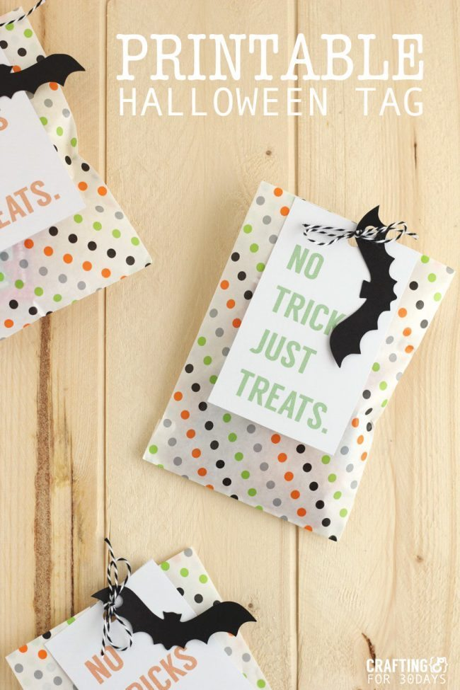 Super cute Printable Halloween Treat Tag - you could fill these up with all kinds of goodies for the holiday!