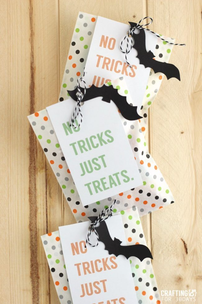 Brightly colored and cute Printable Halloween Treat Tag - you could fill these up with all kinds of goodies for the holiday! From CraftingE for www.thirtyhandmadedays.com