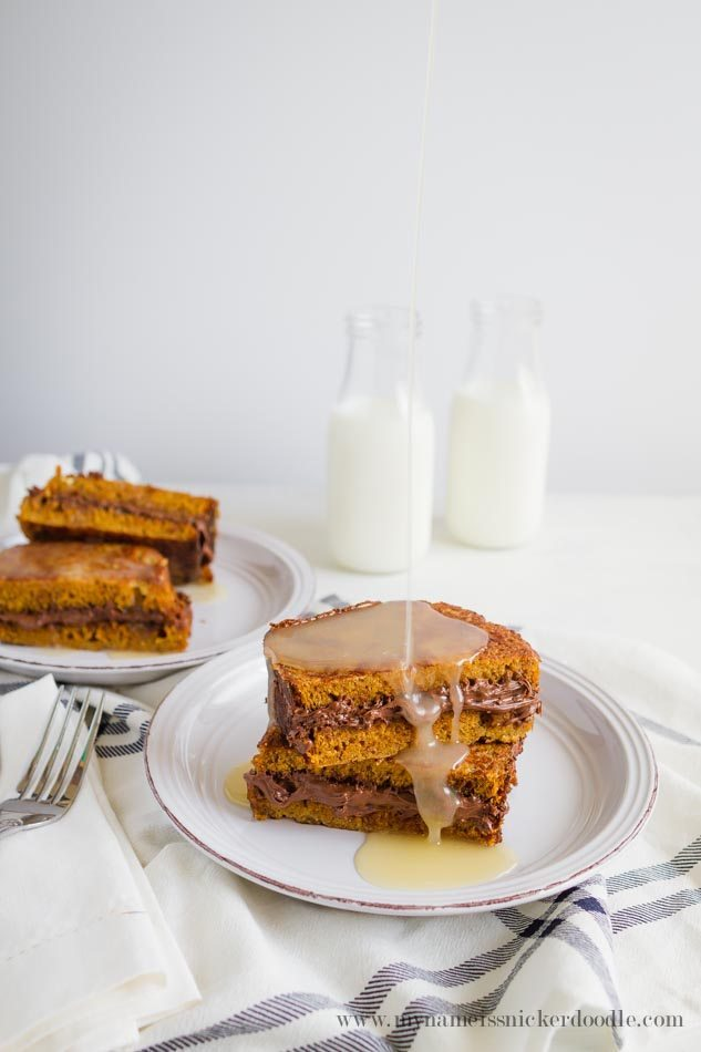 Nutella Stuffed Pumpkin French Toast - an amazing spin on an old classic.  You definitely need to try this recipe this fall! via www.thirtyhandmadedays.com