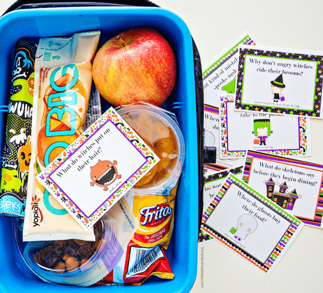 Make your kids day with these adorable Printable Halloween Lunchbox Notes! from thirtyhandmadedays.com