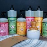 Free Mrs. Meyer's Kit: Holiday Edition