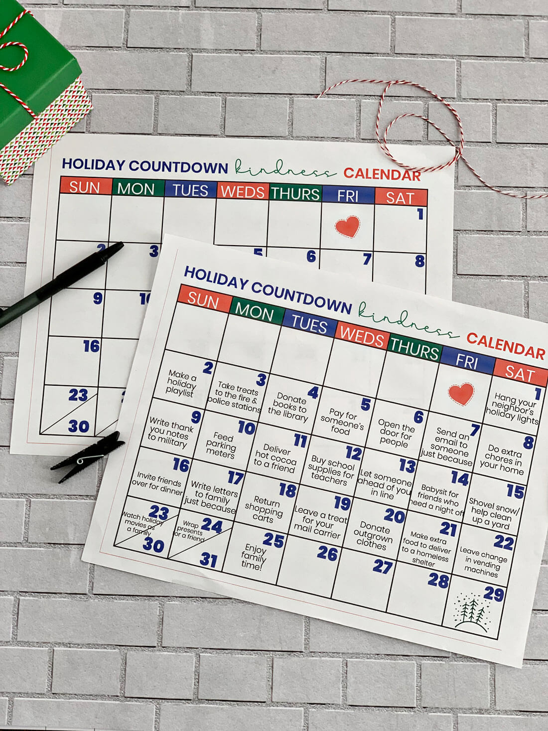 Christmas Countdown Kindness Calendar - spend this month doing random acts of kindness! from www.thirtyhandmadedays.com