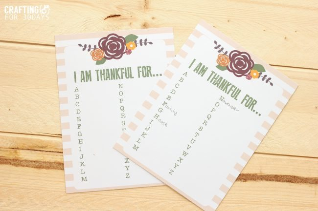 Thanksgiving Gratitude Printable - print this out and fill it in for the holiday! From Crafting E via www.thirtyhandmadedays.com