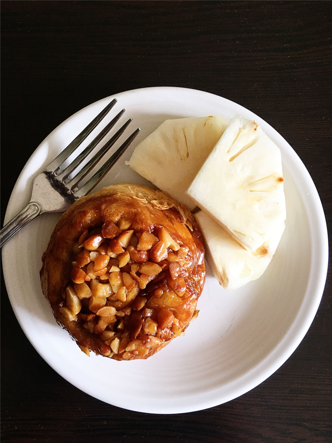Travel - Things to do in Kauai -favorite places to eat, macadamia nut roll