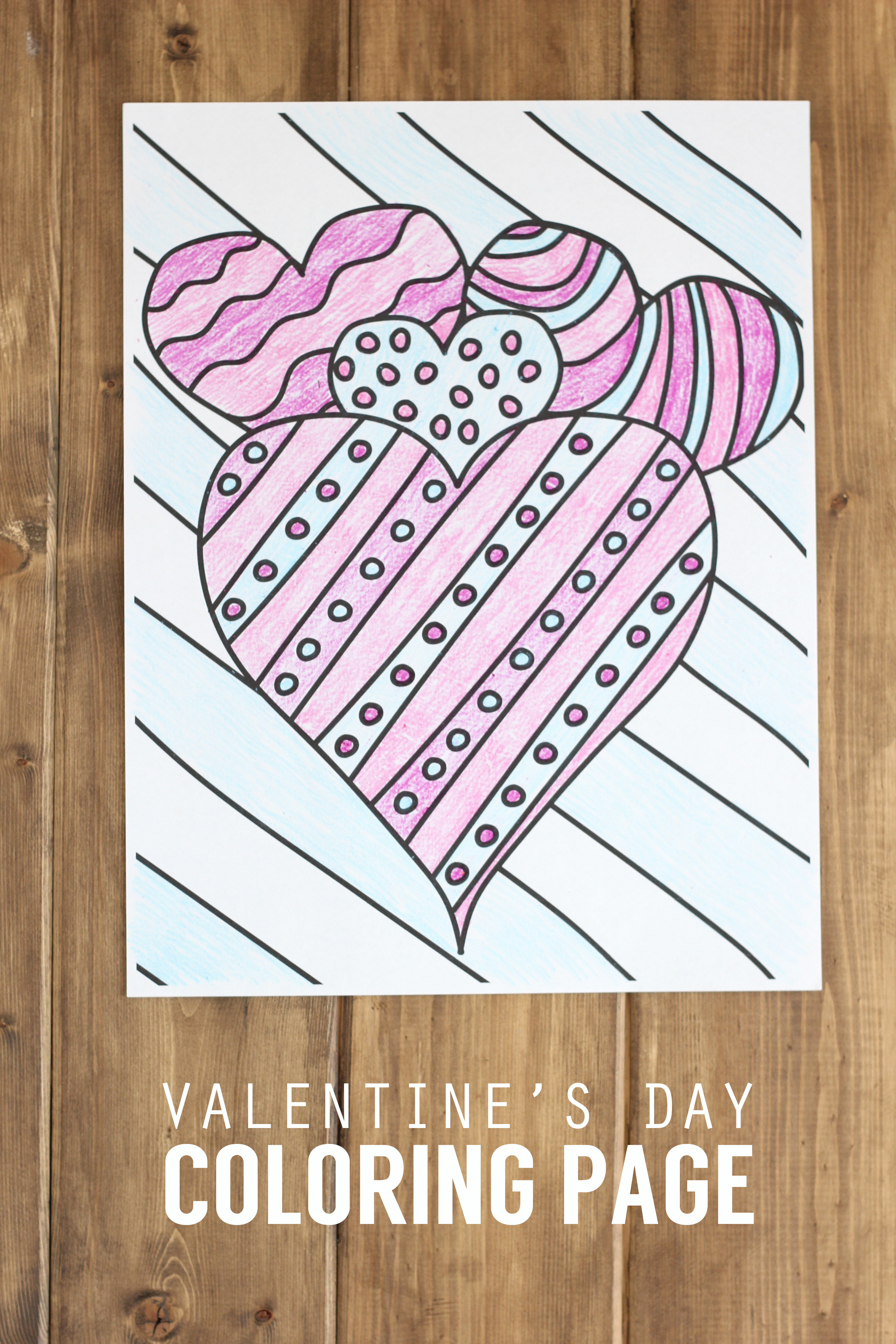 Holidays: Valentine's Day Coloring Page! A simple little drawing to color in for the holiday. via www.thirtyhandmadedays.com