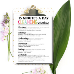 Printable 15 Minute a Day Cleaning Schedule - download and print to get on top of your cleaning!