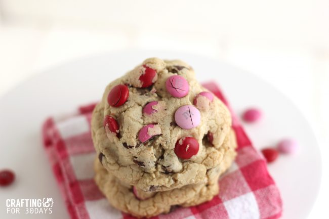 These Chocolate Chip M&M Oreo Stuffed Cookies are so delicious and different than any other desert. Can be changed for any special occasion. From CraftingE from www.thirtyhandmadedays.com