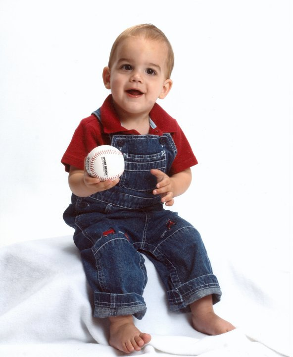 What it means to be a sports mom - www.thirtyhandmadedays.com - baseball boy