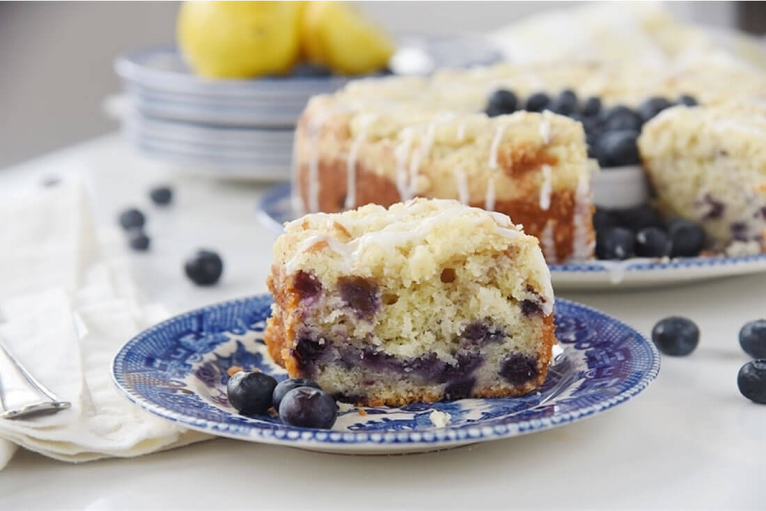 Lemon Blueberry Coffee Cake with Streusel - a light and delicious cake! from Your Homebased Mom via thirtyhandmadedays.com