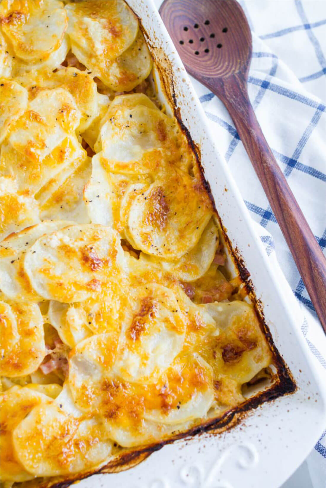 Food: the best Scalloped Potatoes ever- made by mom from www.thirtyhandmadedays.com