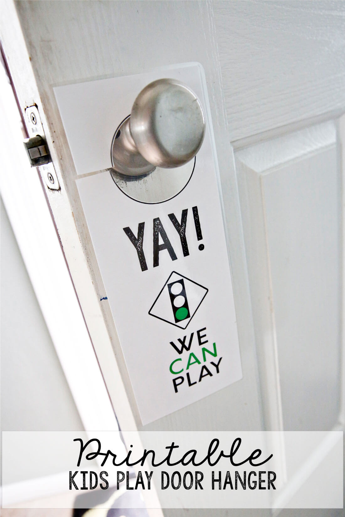 This Printable Kids Play Door Hanger will help neighborhood kids know if you are allowed to play. It is especially great for summer and easy to put together. from www.thirtyhandmadedays.com