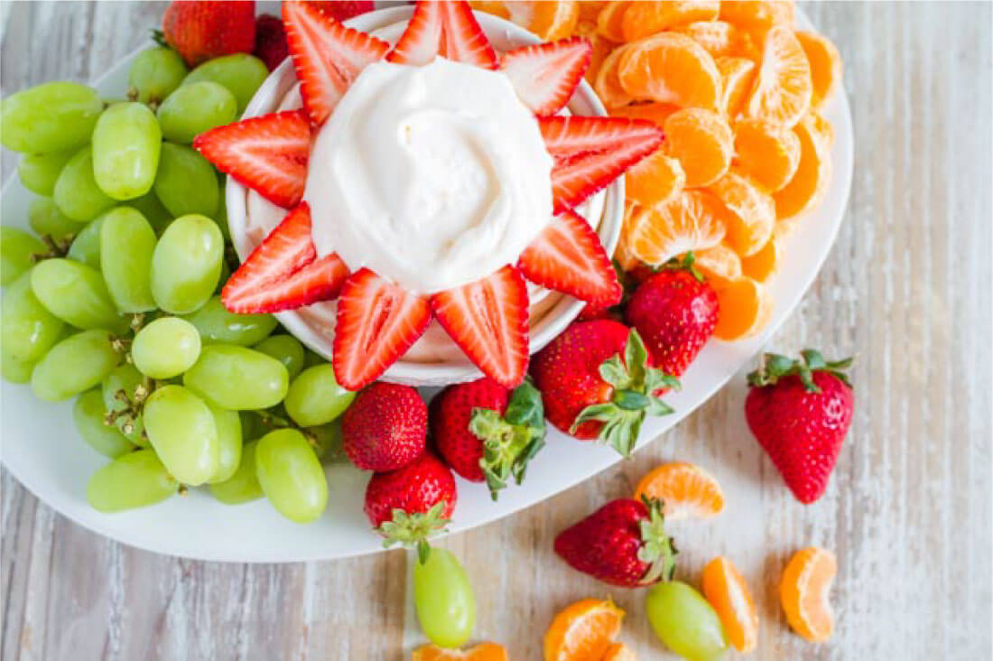 3 Ingredient Peach Fruit Dip is easy to make and absolutely delicious! From thirtyhandmadedays.com
