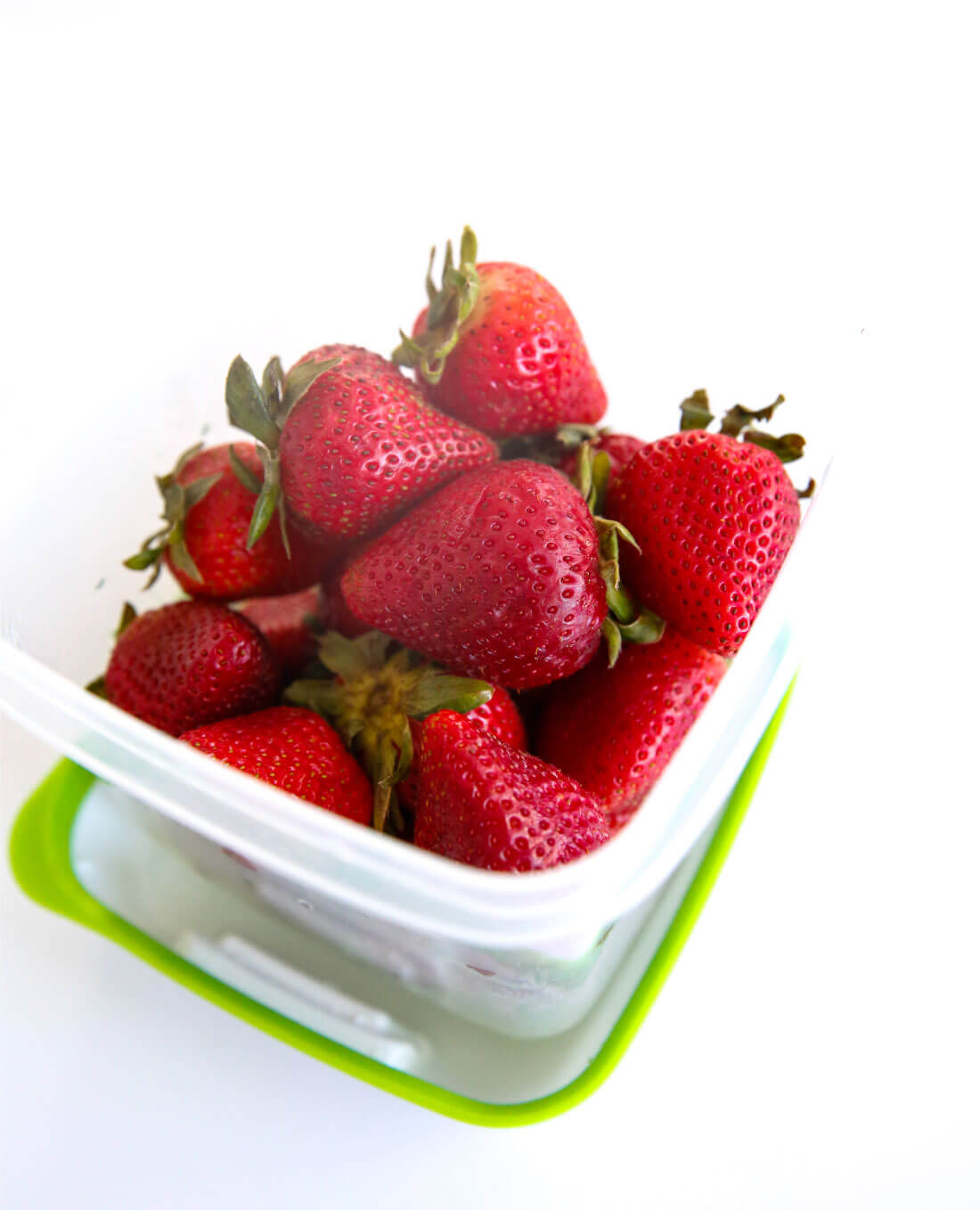 Use the new Rubbermaid FreshWorks ™ Produce Saver to help keep your produce fresher, longer! The strawberries after a week.