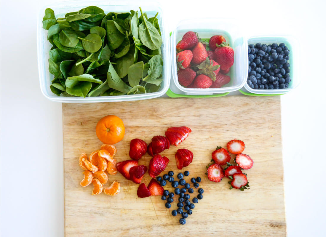 Use the new Rubbermaid FreshWorks ™ Produce Saver to help keep your produce fresher, longer! Fruit cut up after a week in the fridge.