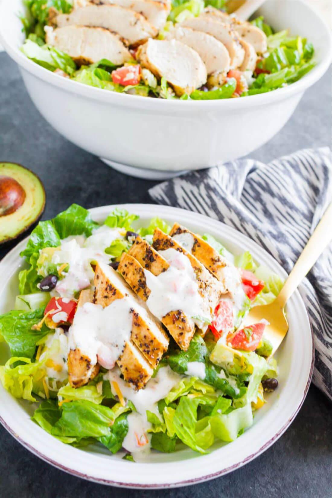 Santa Fe Chicken Salad - a simple, refreshing salad recipe that's perfect for summer! from thirtyhandmadedays.com