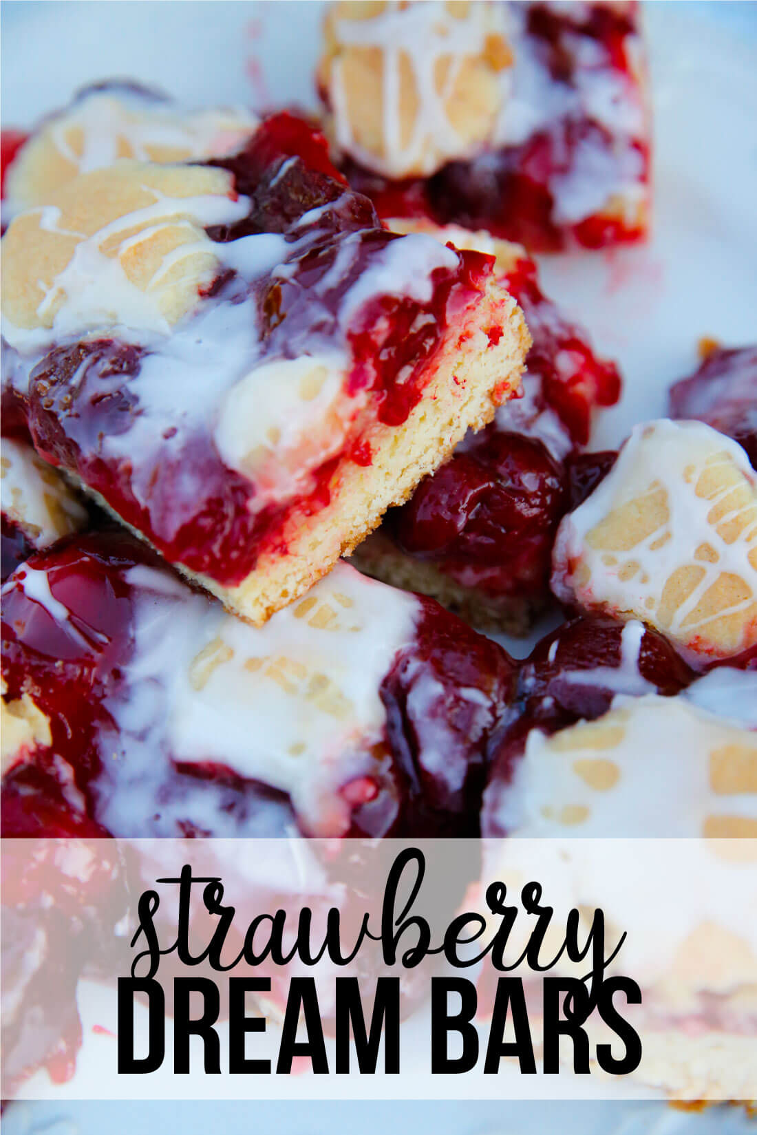 Strawberry Dream Bar Recipe - one of the easiest desserts you can make! from thirtyhandmadedays.com