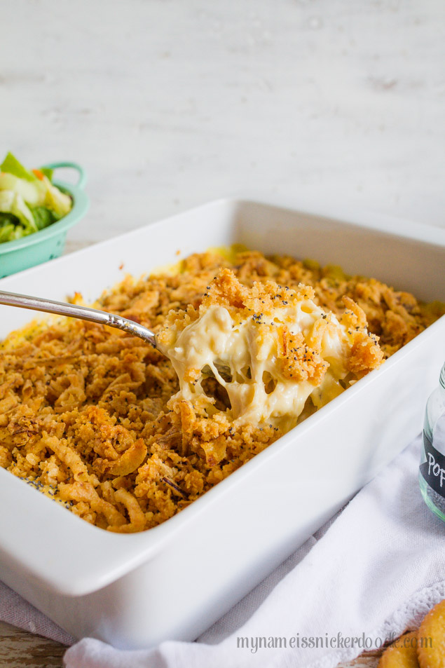 Creamy Ritz Chicken Bake Recipe - this will be one of your family favorite main dishes for sure!  from My Name is Snickerdoodle via www.thirtyhandmadedays.com