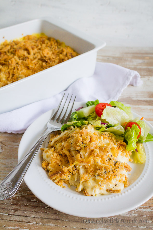 Creamy Ritz Chicken Bake Recipe- this will be one of your family favorite main dishes for sure!  from My Name is Snickerdoodle via thirtyhandmadedays.com