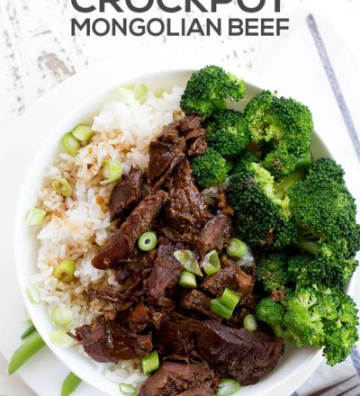 Slow Cooker Mongolian Beef - an easy, tasty dinner recipe! www.thirtyhandmadedays.com