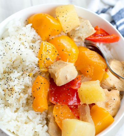 Easy and Healthy Sweet Hawaiian Crockpot Chicken - throw all the ingredients and you're set! from New Leaf Wellness via www.thirtyhandmadedays.com