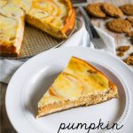 Marbled Pumpkin Cheesecake - this pumpkin cheesecake recipe has a little bit of a kick to it. So good!! www.thirtyhandmadedays.com