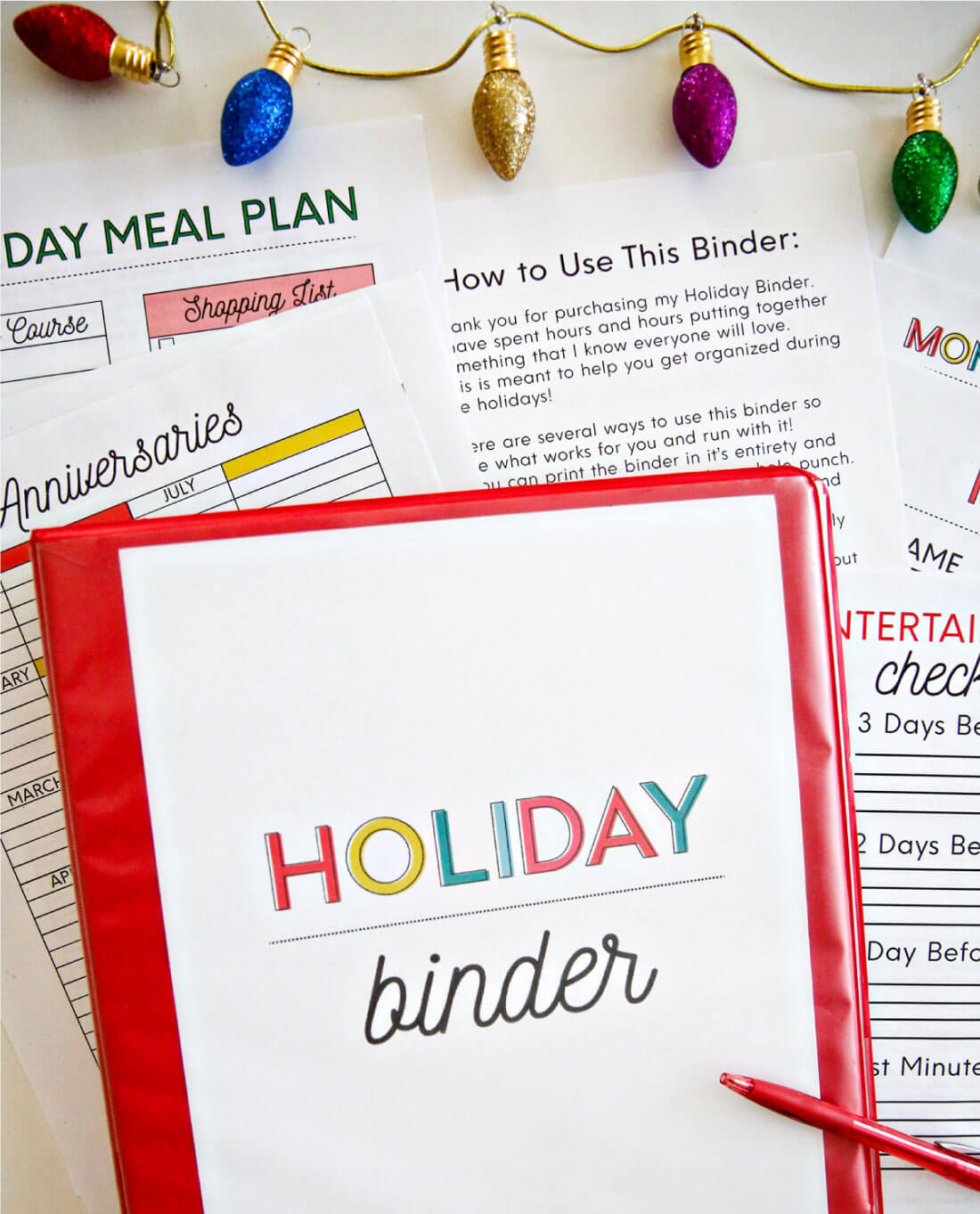 Printable Holiday Binder - get the entire binder to download and print for the holidays.
