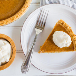 Simple, classic Pumpkin Pie recipe that you will love!! And it has homemade whipped cream to boot. via thirtyhandmadedays.com
