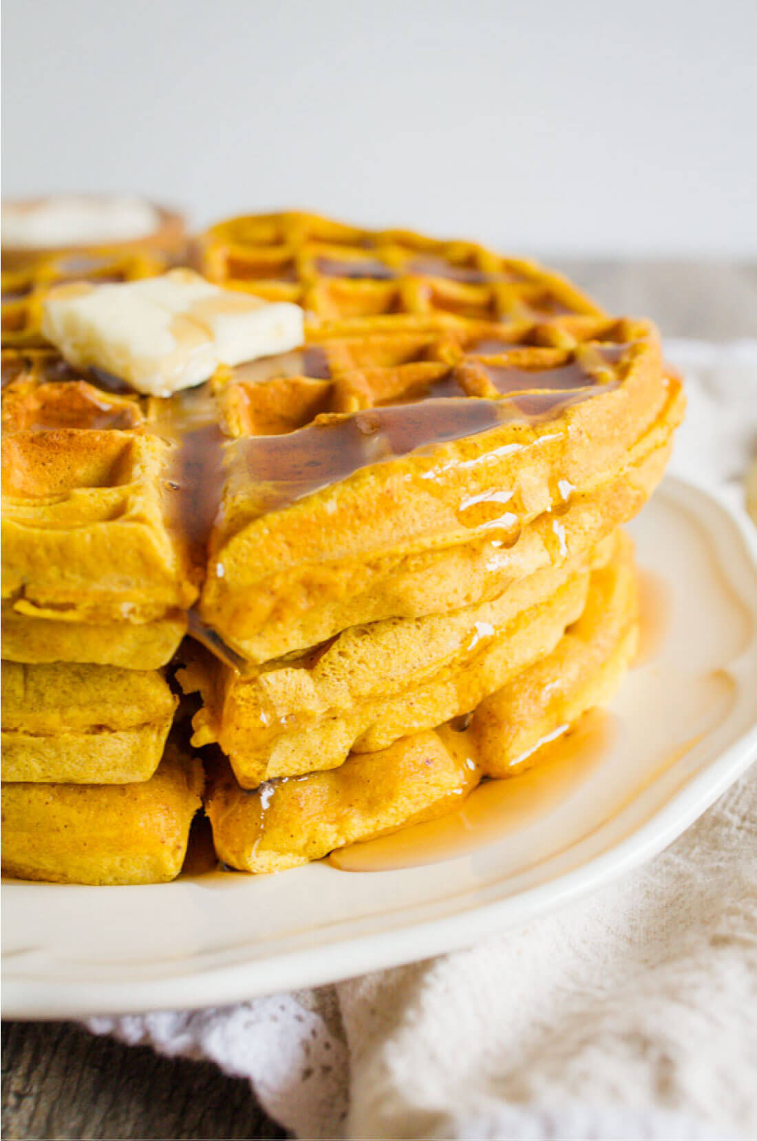 Pumpkin Waffles - this waffle recipe is so good and perfect breakfast for the fall! from thirtyhandmadedays.com