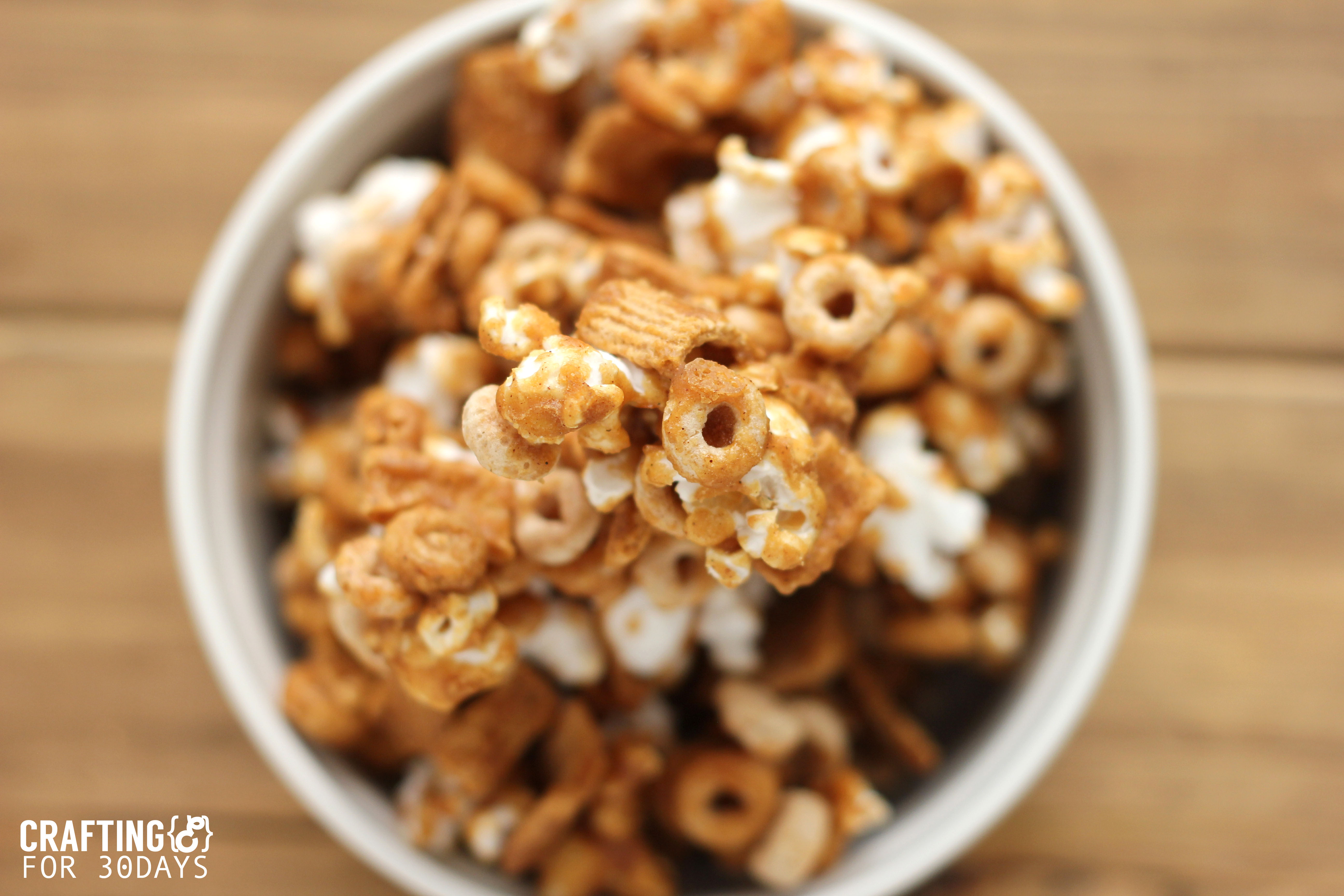 Gingerbread Popcorn Mix