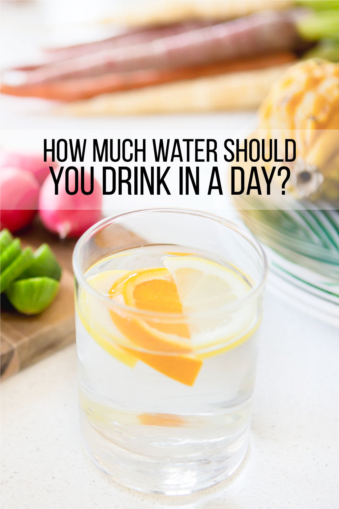 How Much Water Should You Drink in a Day? Tips for ways to drink more water. www.thirtyhandmadedays.com