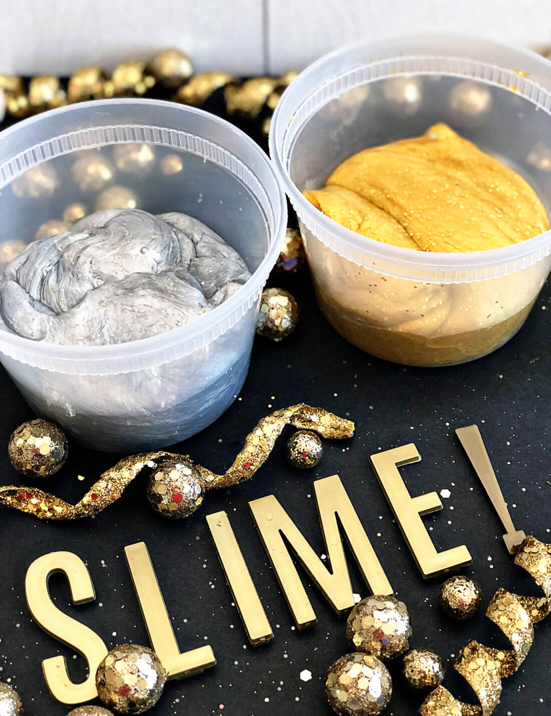 Silver and Gold Party Slime for New Years - make this pretty, sparkly slime to ring in the new year! thirtyhandmadedays.com