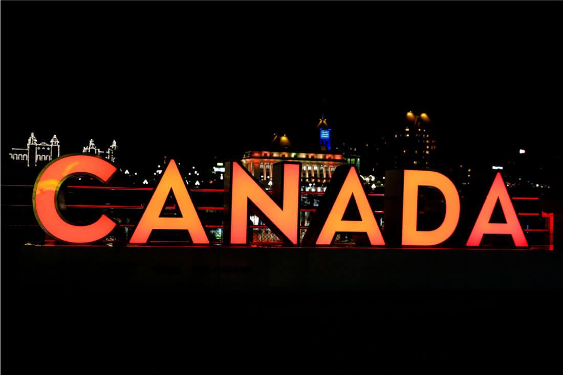 What to Do in Victoria British Columbia - fun things to do www.thirtyhandmadedays.com