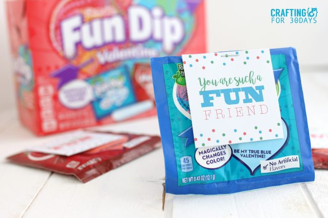 Printable Valentines Day Cards - use this fun dip idea for your kids! www.thirtyhandmadedays.com