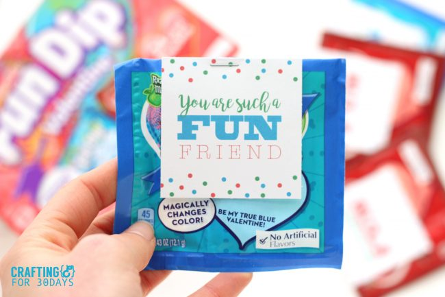 Printable Valentines Day Cards - use this fun dip idea for your kids! via thirtyhandmadedays.com