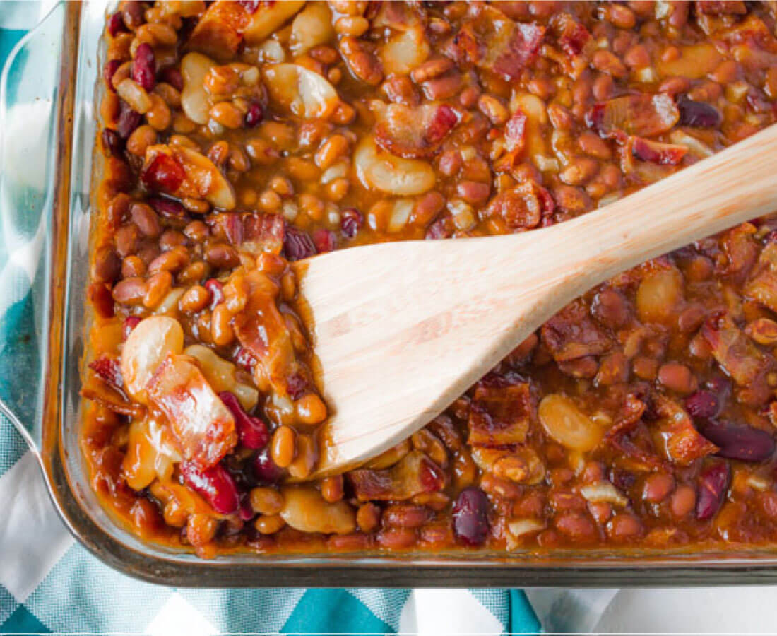 Delicious Baked Beans recipe - perfect for a summer barbecue! from www.thirtyhandmadedays.com